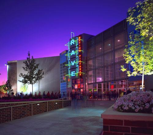 Fort Wayne Mall >> Carmike Jefferson Pointe 18 IMAX - Fort Wayne, Indiana