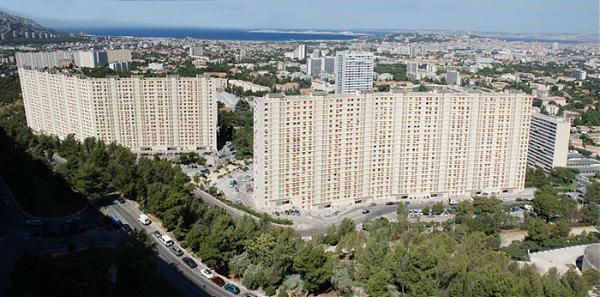 Copropriété de la Rouvière, Marseille. Source : Wikipédia