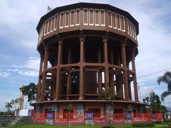 Hasil gambar untuk Wisata Menara Air Magelang