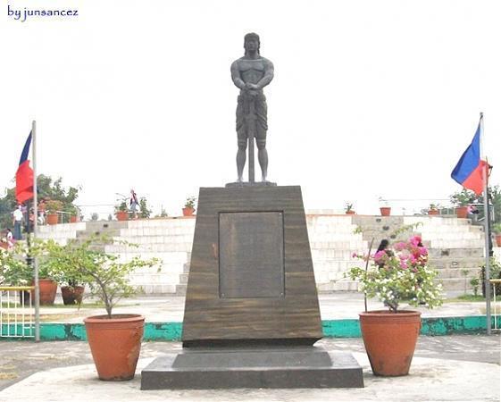 Monumento ni Lapu-lapu - Maynila