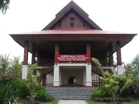 Rumah Adat Gorontalo Tapa Gorontalo