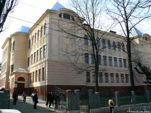 Школа памятник архитектуры истории