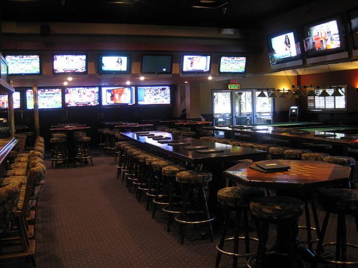 Classic Q Sports Bar Newport Beach