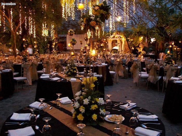 Hotel in Manila l Novotel Manila Araneta Center Quezon City