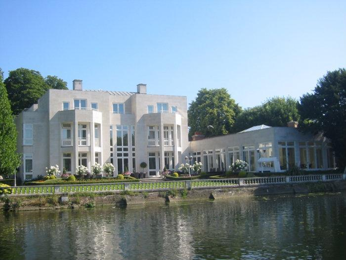 Thames lawn marlow buckinghamshire for Marlow manor