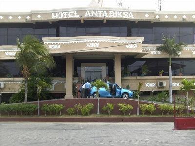 Penginapan di Surabaya - Hotel Antariksa Surabaya