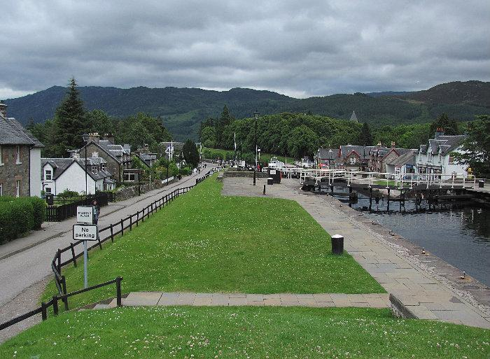 Fort Augustus United Kingdom  city photos : Fort Augustus Ordnance Survey grid reference NH379090 is a ...
