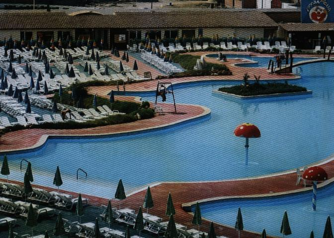 Kiffan club wilaya d 39 alger for Aquafortland alger piscine