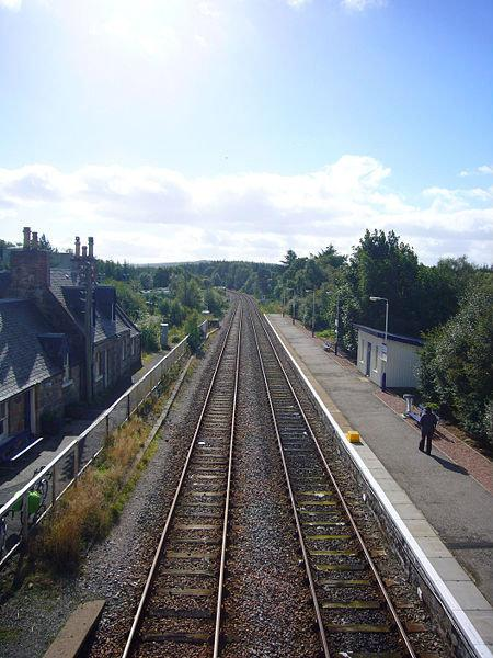 Lairg United Kingdom  City pictures : train station Add category