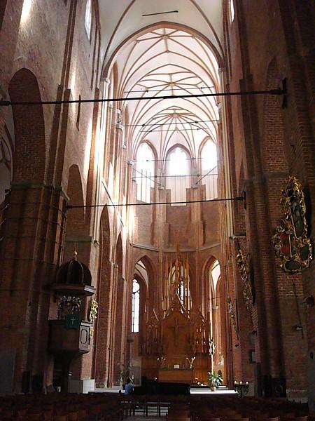 Interno della chiesa di san pietro riga for Interno san pietro