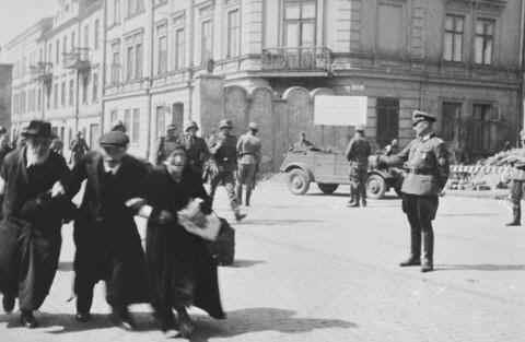 When Did the Holocaust Start – The Rise of Nazi Power
