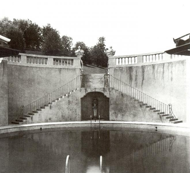 William Vanderbilt 39 S Abandoned Salt Water Pool Centerport New York Atlas Obscura
