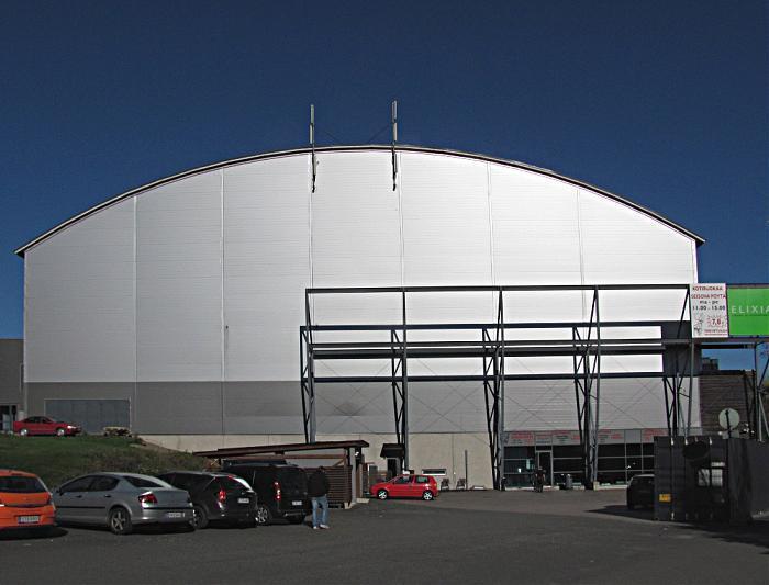 Metro-Auto Areena - Tampere | restaurant, sports venue, fitness centre / center, paintball field ...