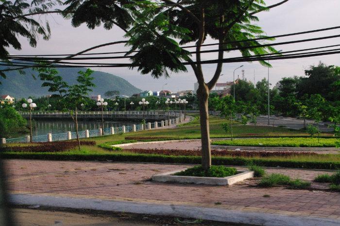 Công Viên Bờ Sông Dinh (Rất đẹp và lãng mạn) (Thành