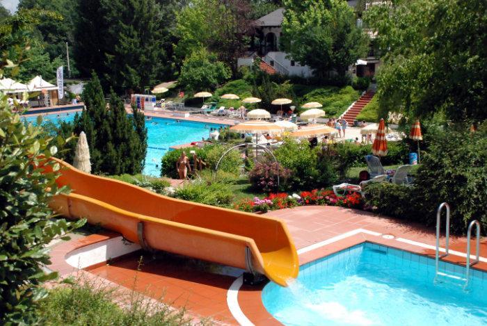 Via della piscina monteombraro 109 monteombraro for Costi di costruzione della piscina