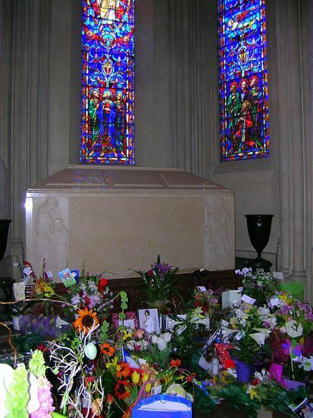 фото могила майкла джексона