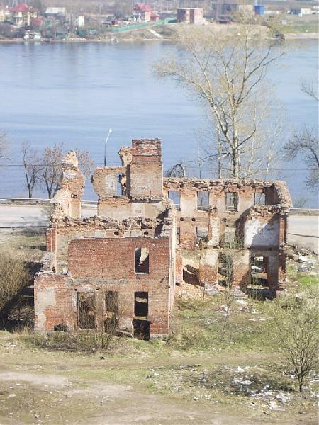 развалины дома в рыбацком