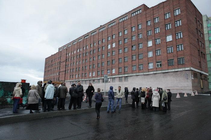 """""""Таймырский Телеграф """" - В эти минуты в Норильске проходит заседание комиссии для определения состояния здания..."""