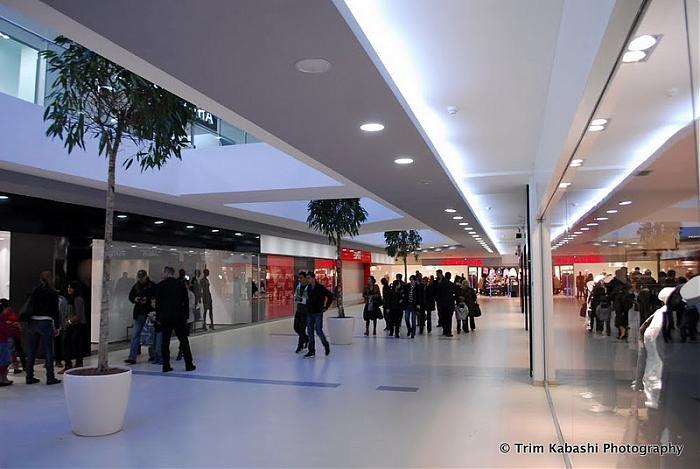 245 75 16 >> Albi Center - Pristina