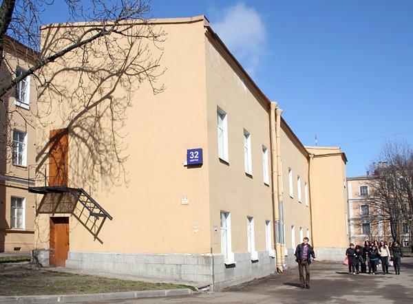 Фотография 1 из 2. Первый медицинский институт им. И. П. Павлова .  Баклаборатория.