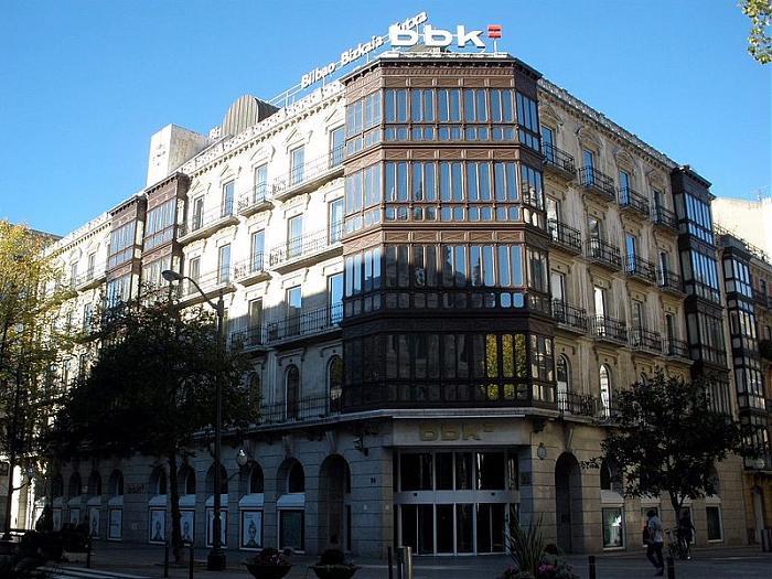 sede central bbk kutxabank bilbao banco