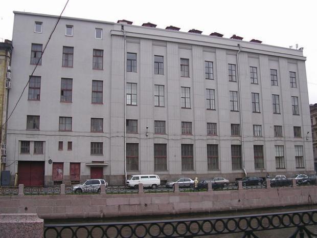 Институт дизайна и технологии на новокузнецкой
