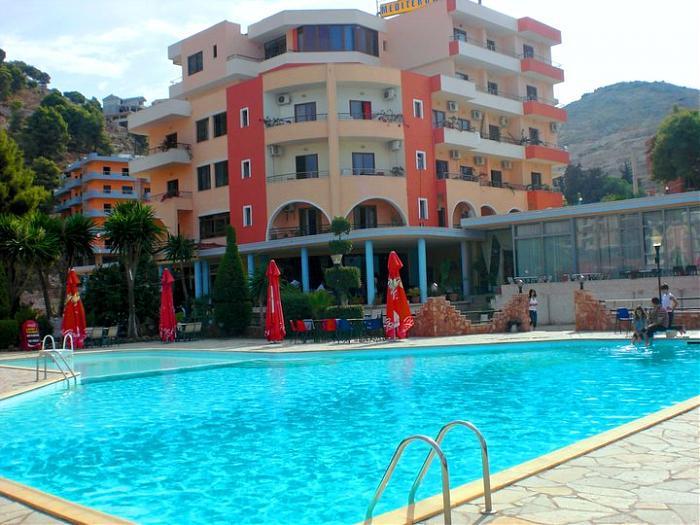 Hotel Mediterrane  Sarand?