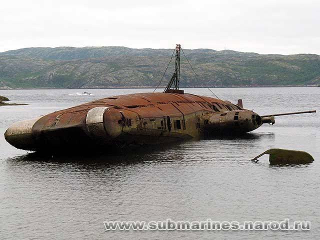 на подводной лодке тараканы
