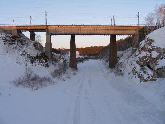 Железнодорожный мост через