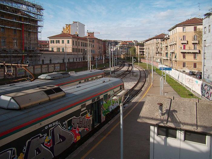 Stazione porta genova milano - Carabinieri porta genova milano ...