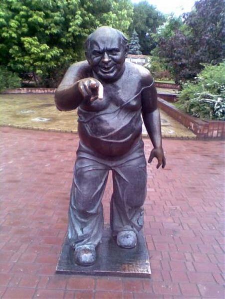 Yevgeny Leonov Monument to Yevgeny Leonov Moscow