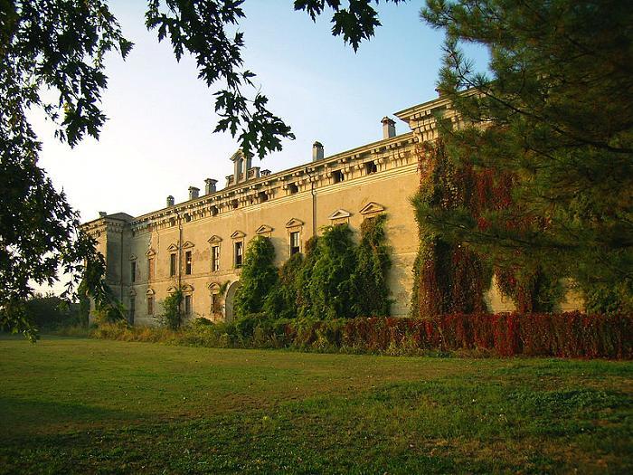 Villa stanga borromeo farfengo for Villa puricelli