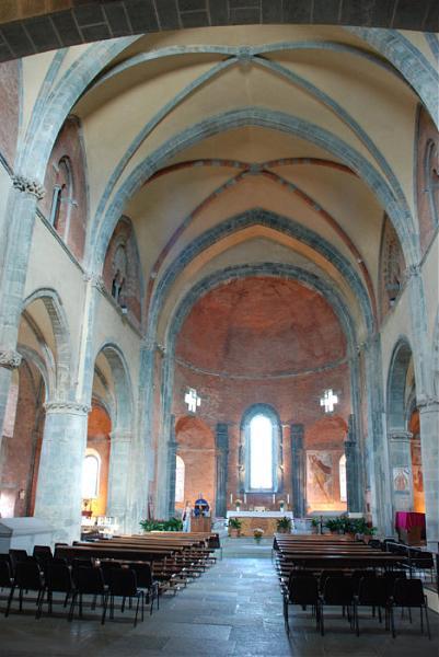 Interno della chiesa for Interno chiesa