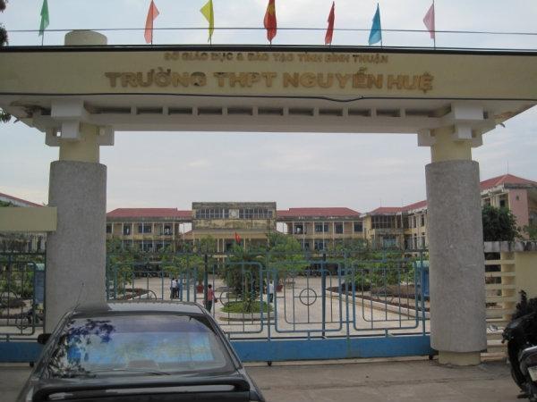 Xác minh phản ánh tại Trường THPT Nguyễn Huệ, thị xã La Gi