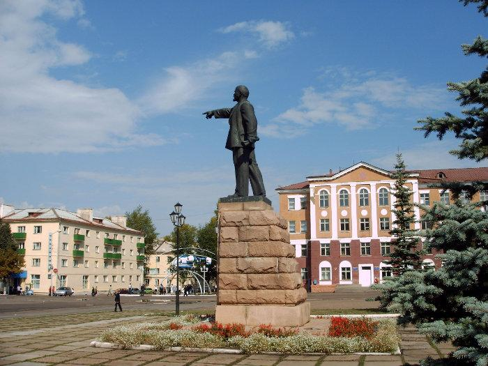 Памятник шахтерам кумертау памятники в энгельсе цены цоколь