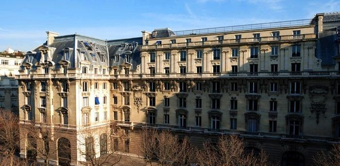 the peninsula paris paris hotel. Black Bedroom Furniture Sets. Home Design Ideas