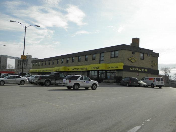 Curtis Gordon Motor Hotel Winnipeg Bar
