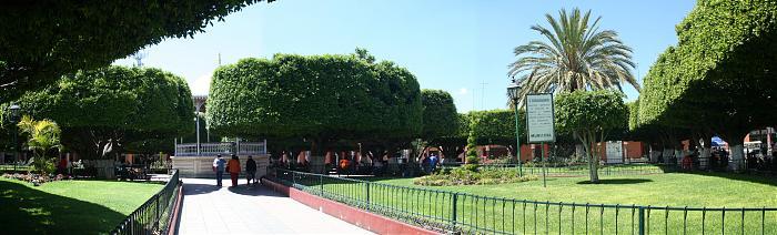 Jard n principal valle de santiago for Jardin principal