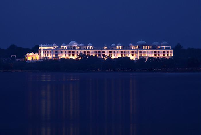 Radisson Blu Udaipur Palace Resort Amp Spa Udaipur English