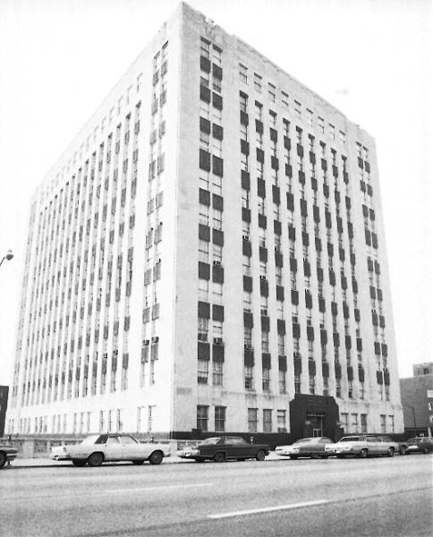 Prairie Shores Apartments: Chicago, Illinois