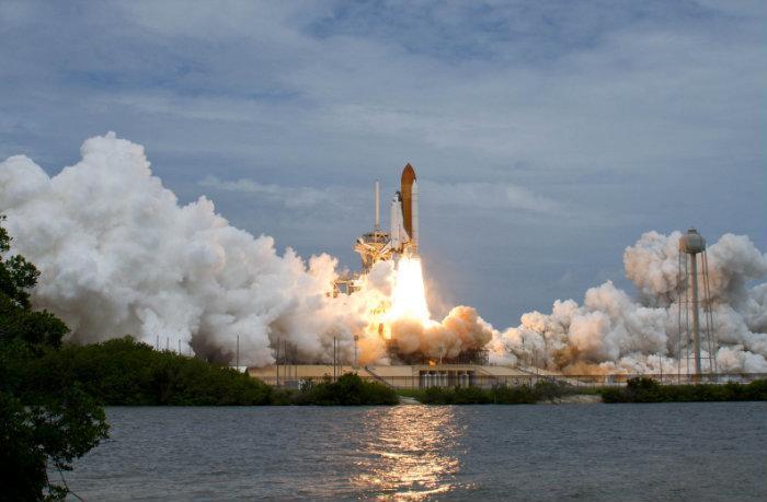 Скриншоты. Бесплатный Space Shuttle Фотографии приложениеСупер живая колле