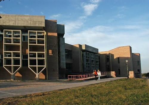 Facultad de artes y dise o universidad nacional de cuyo for Universidad de arte