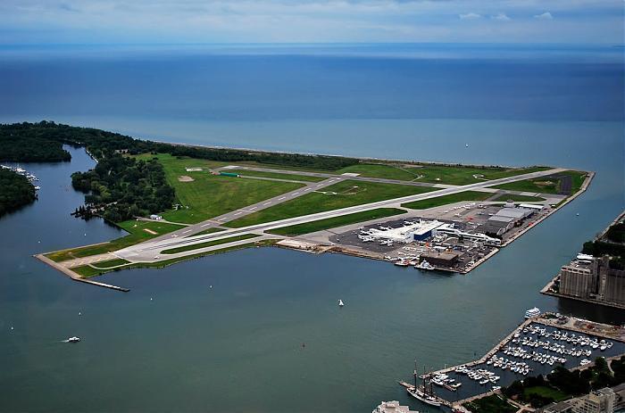 Billy Bishop Toronto City Centre Airport (YTZ/CYTZ) (Toronto, Ontario ...