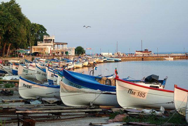 продажа лодочных в болгарии
