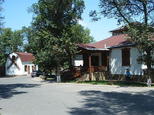 """Ресторан """"Казачья пристань"""" - Семикаракорск займище"""