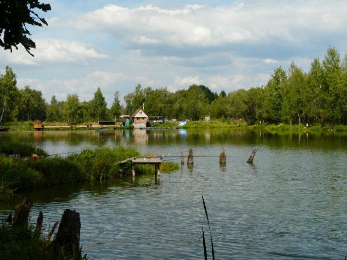платная рыбалка на красном озере