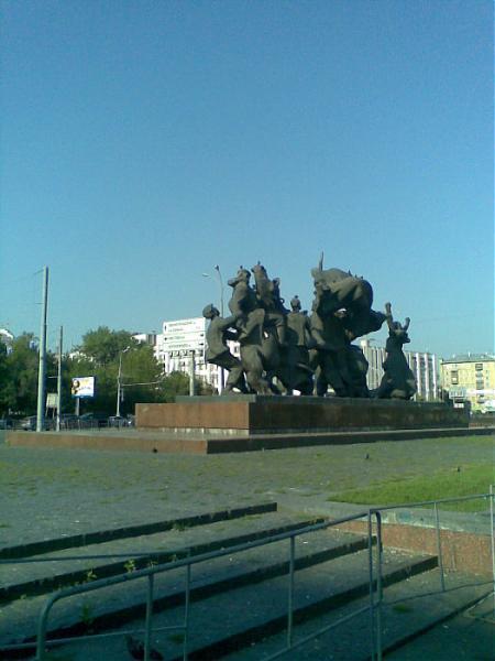 http://photos.wikimapia.org/p/00/01/86/30/65_big.jpg