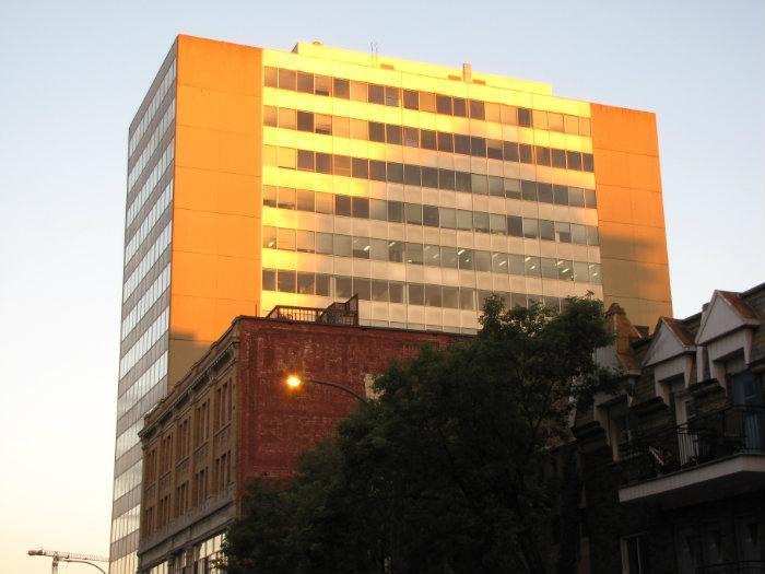 la tourelle building