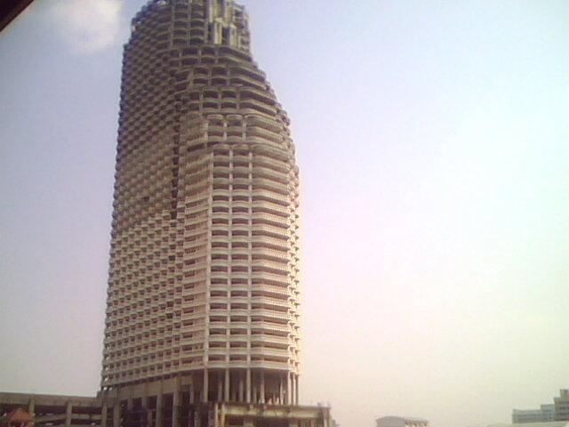 Sathorn Unique Tower (Former: Sri-Sathorn cinema)