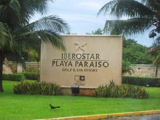 valentin imperial maya resort map with Iberostar Playa Paraiso Resorts on 635 further Luxury Bahia Principe Fantasia together with Grand Bahia Pricipe Tulum additionally Vik Hotel Arena Blanca Cayena Beach additionally Azul Sensatori Resort.